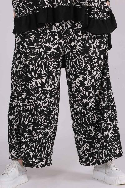 XADOO Hose Allover Print in modischer Tulpenform